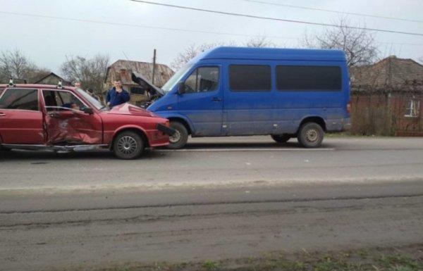 ДТП на Берегівщині: зіткнулося 4 автівки (ФОТО)