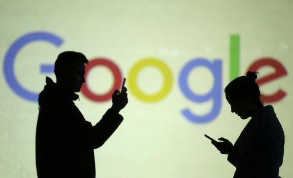 На Google подали до суду за стеження за користувачами